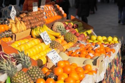 Aller à un marché d'agriculteurs peut être une activité familiale amusante à Montréal
